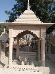 8 Feet Sandstone Outdoor Temple