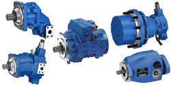 Marine hydraulic motor service