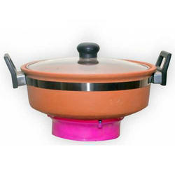 Earthen Kadai With Glass Lid ( 2 liter)
