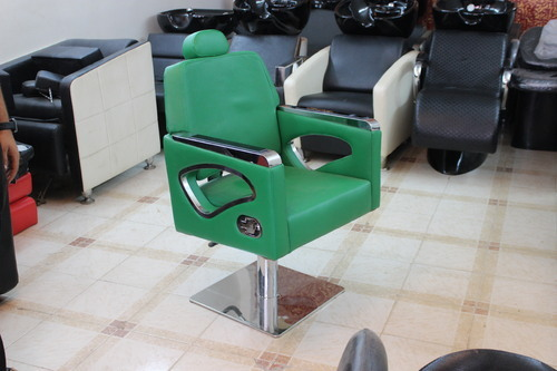 Beauty Parlour Furniture Salon Spa Kits Equipments Satguru