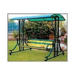 Metal swing metal jhula suppliers traders manufacturers for Garden jhoola designs