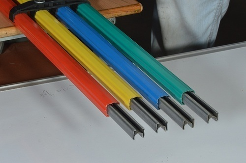 Shrouded busbar system - GI Shrouded DSL Busbar System