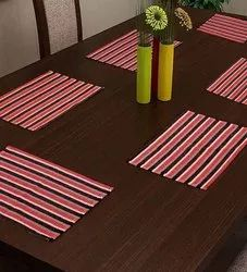 Embroidered Square Table Mats, Packaging Type: Box