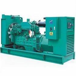 30 KVA Cummins Diesel Generator, 415 V