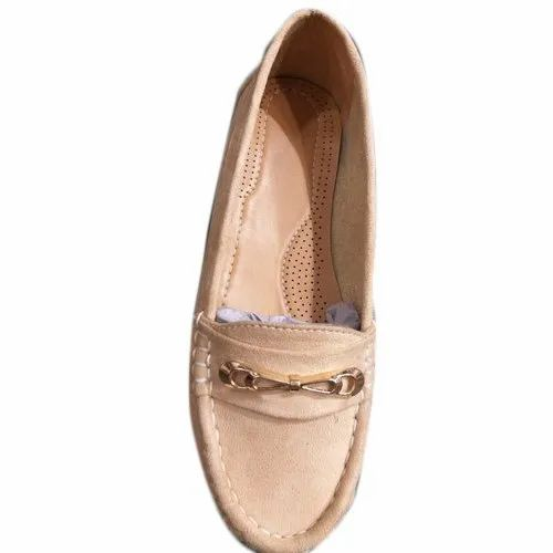 Flats Ladies Rexine Party Wear Loafer Shoes, Size: 6-12