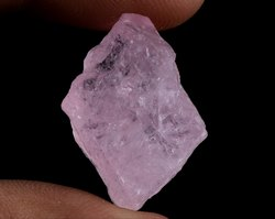 36 Cts Morganite Raw Crystal Gemstone Rough