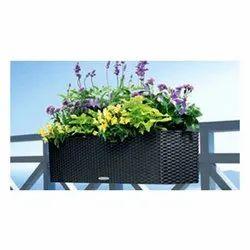 Synthetic Wicker Outdoor Orbit Planter, For Balcony