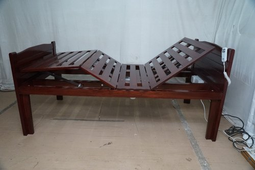 Peachy Electric Adjustable Hospital Bed For Watching Tv Inzonedesignstudio Interior Chair Design Inzonedesignstudiocom