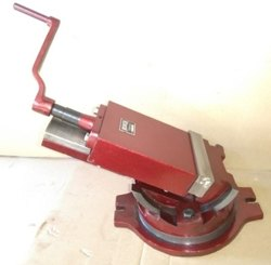 Cast Iron 2 Way Tilting And Swiveling Vice