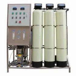 Industrial RO Water Filter, Reverse Osmosis, Water Storage Capacity: 1000 L