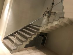 Plane Taffan SS Stair Case Glass Railings, Balcony