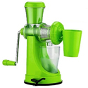 Green Manual Fruit Juicer