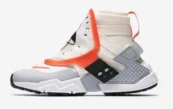 Scherzo collina Suffisso  Sail/White/Wolf Grey/Team Orange Men Nike Air Huarache Run Shoes, Size:  10.5 And 11, Rs 12995 /piece | ID: 20150417830