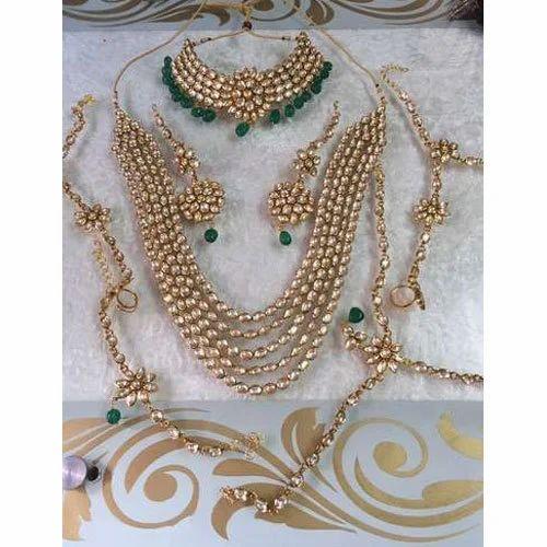 d0ada7241172 Wedding Kundan Bridal Jewelery Set