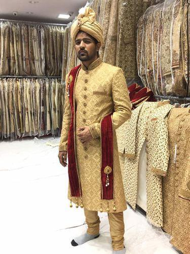 a96acd352c Embroidered Cream Designer High End Groom Wedding Sherwani, Size: 38 ...