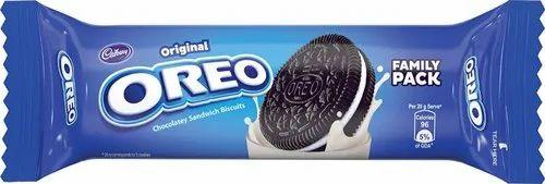 Cadbury Oreo Vanilla Creme Biscuit 120gm, Packaging Type: Packet