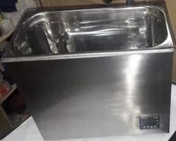 Unstirred Water Bath