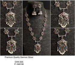 Festive Jewellery - Hexagon Necklace