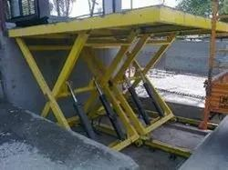 Outdoor Dock Lifts