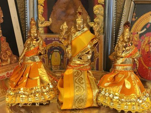 Lord Vishnu With Bhudevi And Sri Devi Panchaloham 18 Inches