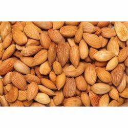 Almond Nuts, Packaging: Packet