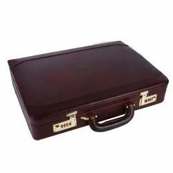 Solid Imported Fabrics Hammonds Flycatcher Original Bombay Brown Leather Briefcases