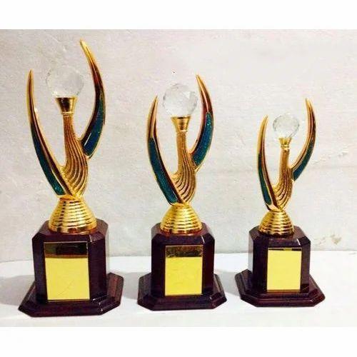Design Wooden Trophy Award Trophiyan Winner