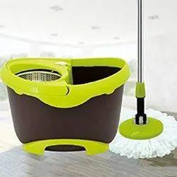 Brown Bear Bucket Mop