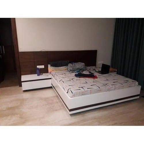 White King Size Wooden Bed Size 75 X 72 Inches Rs 20000 Piece Sunrise Furnishers Id 21555266430