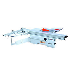 GS 320 Sliding Table Panel Saw