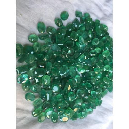 natural pear loose colombia cut si item stone mm grade emerald