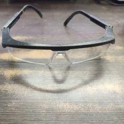 Frame Type: Plastic Zoom White Welding Goggles