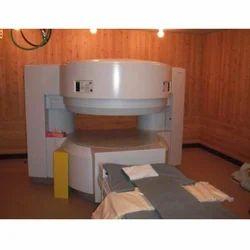 AIRIS II 0.3 T MRI Scanner