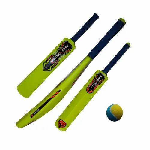 Roxan Plastic Cricket Bat