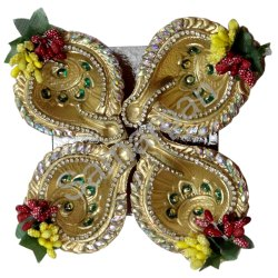 Golden Decorative Handicrafts