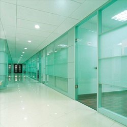 Plain Toughened Glass Partition, Shape: Rectangular, Thickness: 12.0 mm