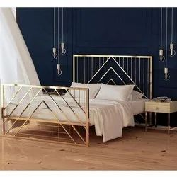 Decorative Stainless Steel Bed, Size: 6 X 6 Feet