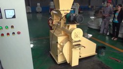Animal Cattle Feed Pallet Machine