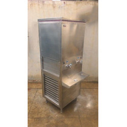 Silver Color Stainless Steel Water Cooler, Capacity: 10 L/Hr