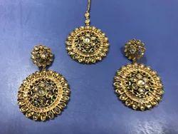 Mehandi Polish Golden Earring Tikka Set