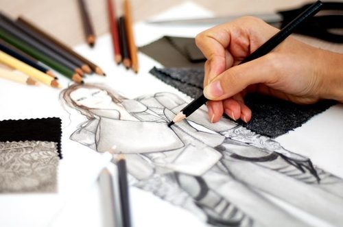 B  SC Costume Design & Fashion Courses and Computer Science