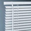 Kashish Furnishing Horizontal White Pvc Venetian Blind, For Office