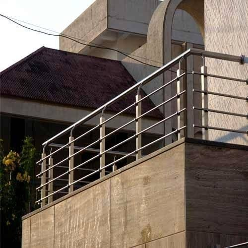 Polished Balcony Designer Stainless Steel Railing, For ...