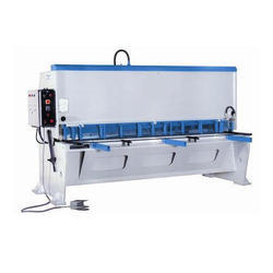 Three Phase 10 - 15 Kw Semi Automatic Cutting Machine, For Industrial