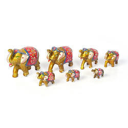 Toy Natural Fiber Elephant Statue, For Interior Decor, Size: Small