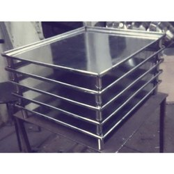 Stainless Steel Tray, Size: 2*3 Feet, Thickness: 2-4 Mm