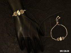 MANEKRATNA Golden Antique Bracelet, Packaging Type: Plastic Bags