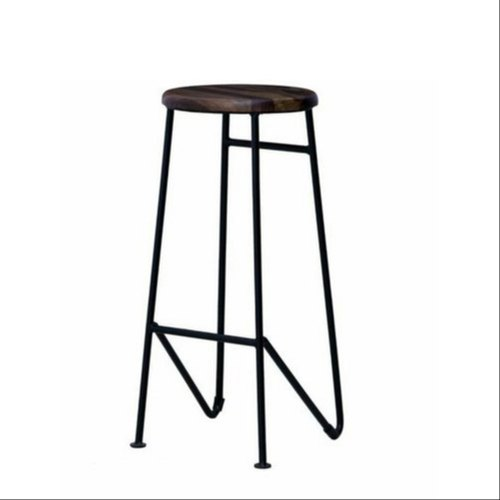 Paint Coated Metal Stool, Size: 2.5 To 3 Feet In Height