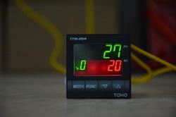 TTM 204 TOHO Digital Temperature Controller