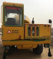 Self Loading Concrete Mixer Rental Service